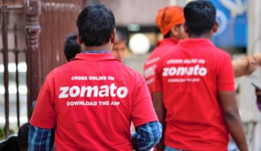 Zomato Starts Grocery Delivery Services in 80 Cities Amidst Lockdown