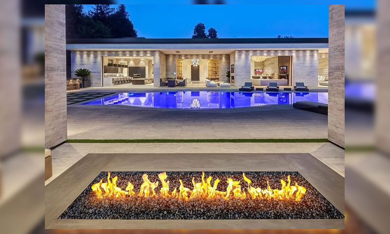 0 Most Pricey But Impressive Celebrity Homes (2)