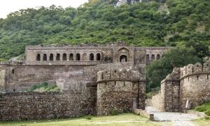 6 Extraordinary Indian Places That You Are Not Allowed To Visit (4)