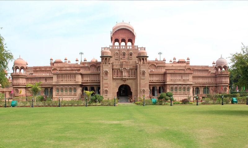 Traditional Royal Palaces of Rajasthan