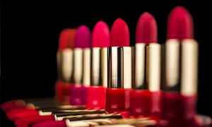 Psychology of Lipstick: What Does Your Lipstick Colour Say About You?