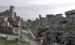 Gate of Hell at Hierapolis has a Scientific Explanation